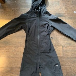 Long Lululemon cinched jacket